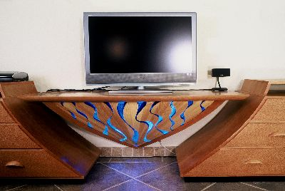 AV-Entertainment Center with RiverPanel(tm)